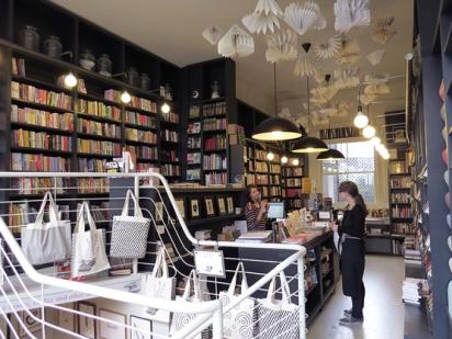 Lutyens-Rubinstein-bookshop-5
